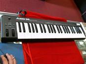 ALESIS Keyboards/MIDI Equipment Q49